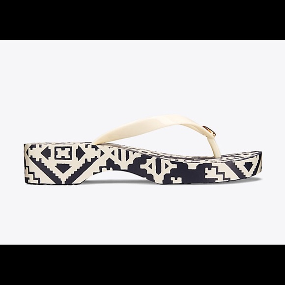 Tory Burch Schuhes   Tapestry Geo Carved Flip Wedge Flip Carved Flop   Poshmark 99d4df